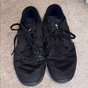 Black Nike Free TR Fit 5